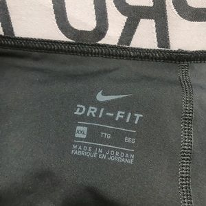 Nike Pants - Nike pro intertwist Cut out Leggings Size Xxl